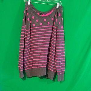 Torrid 2x gray hot pink polka dot striped sweater